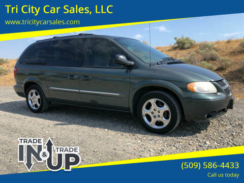 2002 Dodge Grand Caravan for sale at Tri City Car Sales, LLC in Kennewick WA