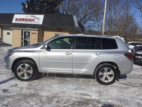 2009 Toyota Highlander for sale at Gordon Auto Sales LLC in Sioux City IA