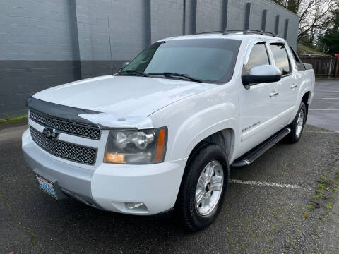 2007 Chevrolet Avalanche for sale at APX Auto Brokers in Lynnwood WA