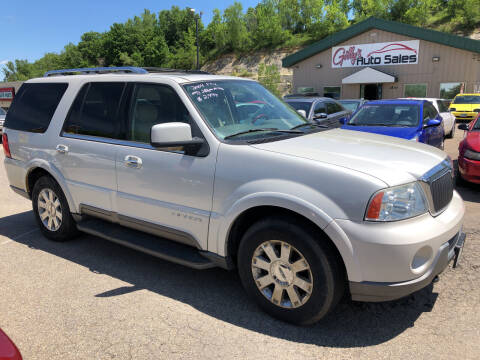 2004 Lincoln Navigator for sale at Gilly's Auto Sales in Rochester MN