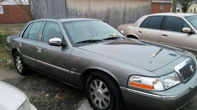 2003 Mercury Grand Marquis for sale at AFFORDABLE DISCOUNT AUTO in Humboldt TN