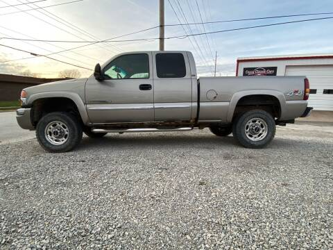 2003 GMC Sierra 2500HD for sale at Casey Classic Cars in Casey IL