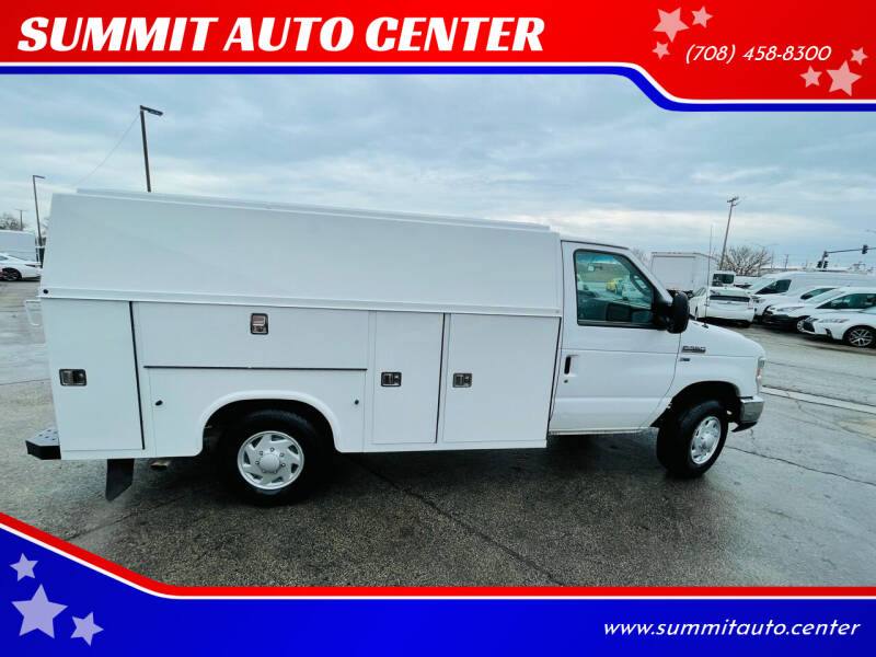 2013 Ford E-Series Chassis for sale at SUMMIT AUTO CENTER in Summit IL