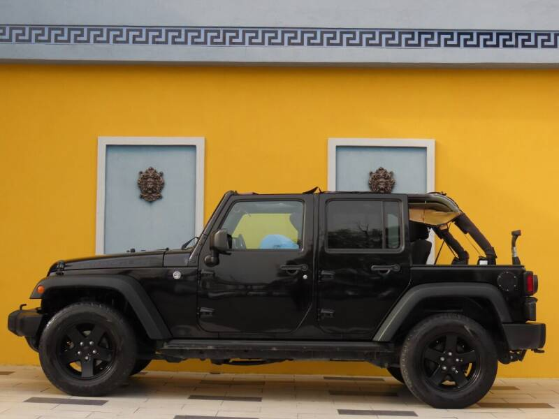 2016 Jeep Wrangler Unlimited for sale at Paradise Motor Sports LLC in Lexington KY