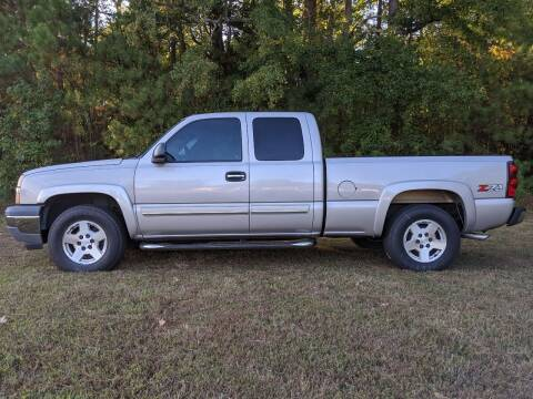 2005 Chevrolet Silverado 1500 for sale at Harris Motors Inc in Saluda VA