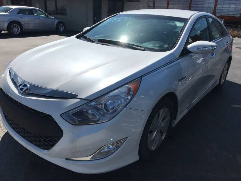 2013 Hyundai Sonata Hybrid for sale at Tennessee Auto Brokers LLC in Murfreesboro TN