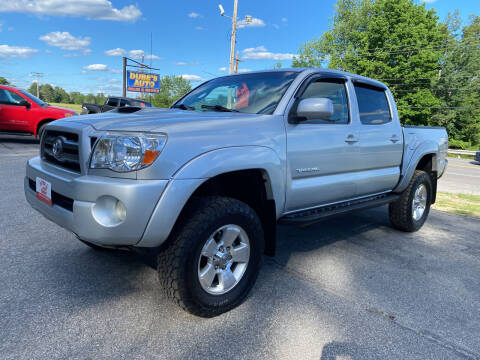 2006 Toyota Tacoma for sale at Dubes Auto Sales in Lewiston ME