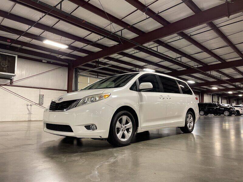 2011 Toyota Sienna for sale in Mount Juliet, TN