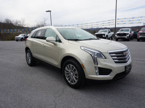 2017 Cadillac XT5 for sale at Cole Chevy Pre-Owned in Bluefield WV