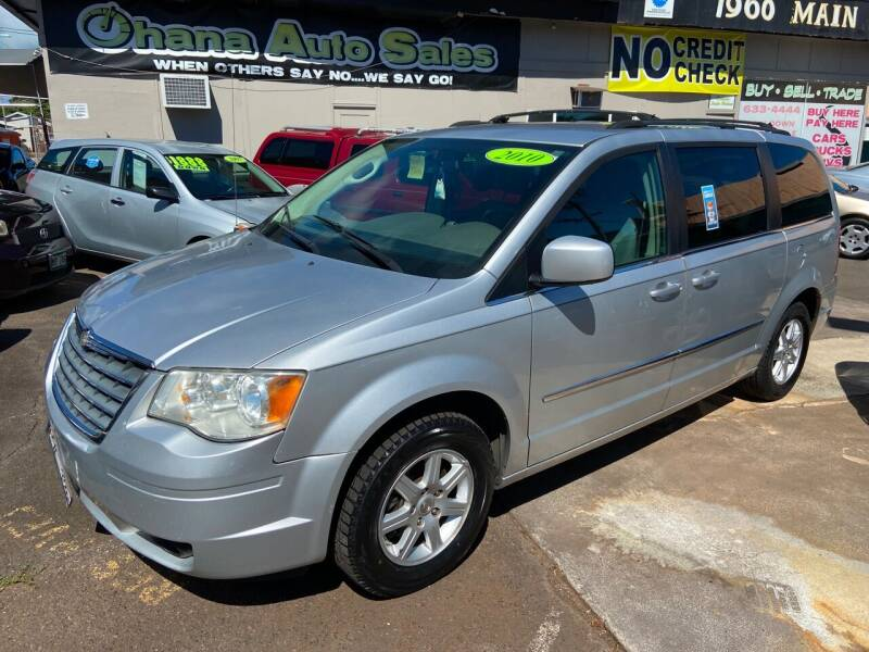 2010 Chrysler Town and Country for sale at Ohana Auto Sales in Wailuku HI