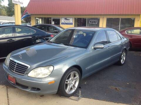 2005 Mercedes-Benz S-Class for sale at KENNEDY AUTO CENTER in Bradley IL
