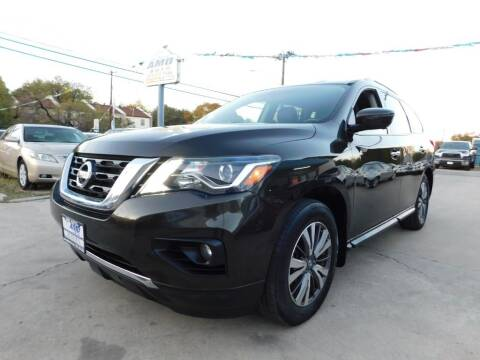 2017 Nissan Pathfinder for sale at AMD AUTO in San Antonio TX