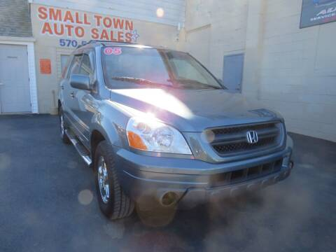 2005 Honda Pilot for sale at Small Town Auto Sales in Hazleton PA