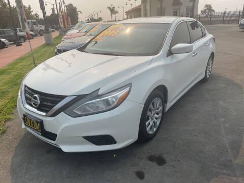 2018 Nissan Altima for sale at Soledad Auto Sales in Soledad CA