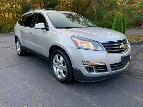 2013 Chevrolet Traverse for sale at Volpe Preowned in North Branford CT