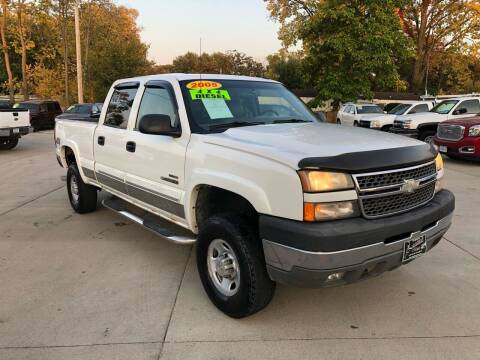 2005 Chevrolet Silverado 2500HD for sale at Zacatecas Motors Corp in Des Moines IA