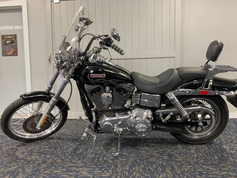 2007 Harley-Davidson Dyna Wide Glide for sale at SEMPER FI CYCLE in Tremont IL
