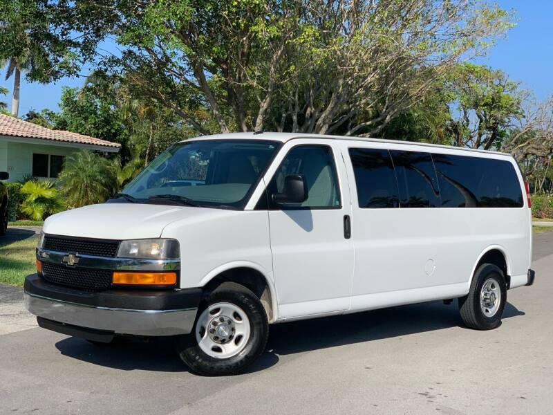 2014 Chevrolet Express Passenger for sale at Citywide Auto Group LLC in Pompano Beach FL