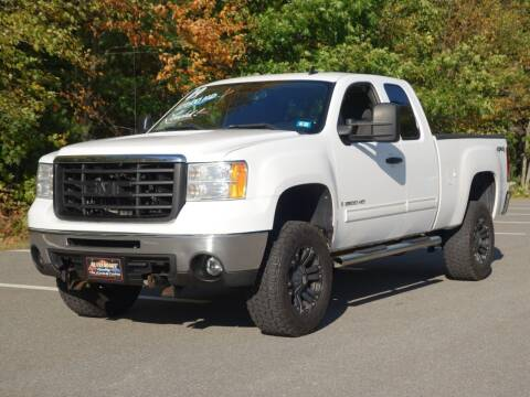 2009 GMC Sierra 2500HD for sale at Auto Mart in Derry NH
