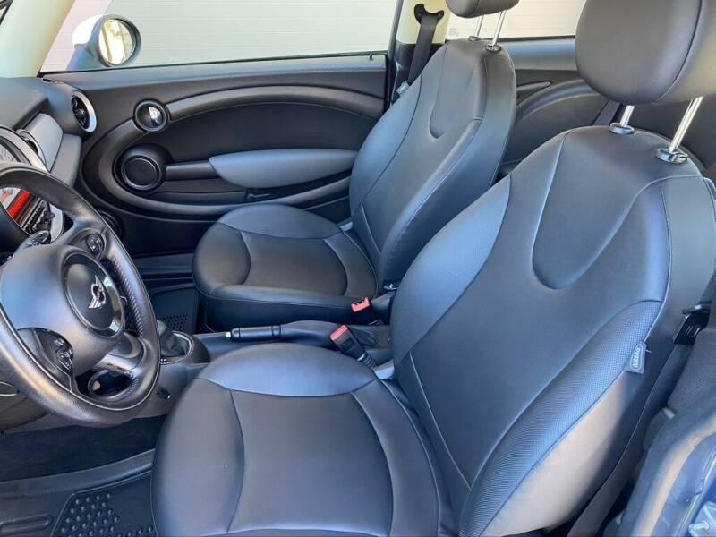 2011 MINI Cooper 2dr Hatchback - Bend OR