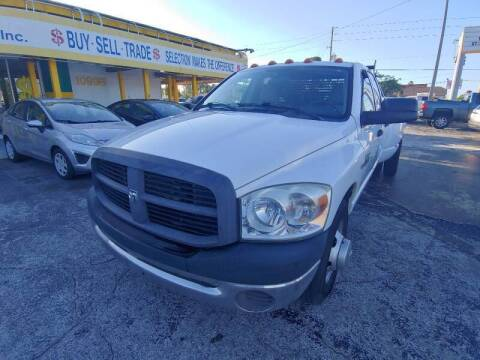 2007 Dodge Ram Chassis 3500 for sale at Autos by Tom in Largo FL