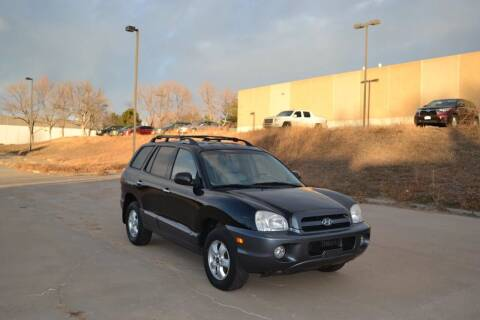 2005 Hyundai Santa Fe for sale at QUEST MOTORS in Englewood CO