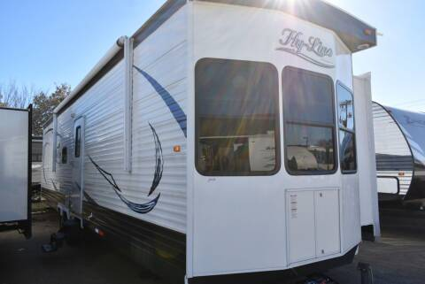 2018 Hy-Line Elite Series 38C for sale at Buy Here Pay Here RV in Burleson TX
