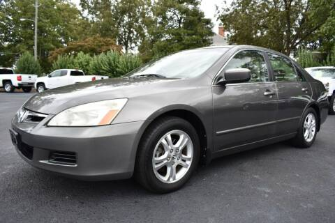 2006 Honda Accord for sale at Apex Car & Truck Sales in Apex NC