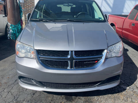 2014 Dodge Grand Caravan for sale at JORDAN AUTO SALES in Youngstown OH