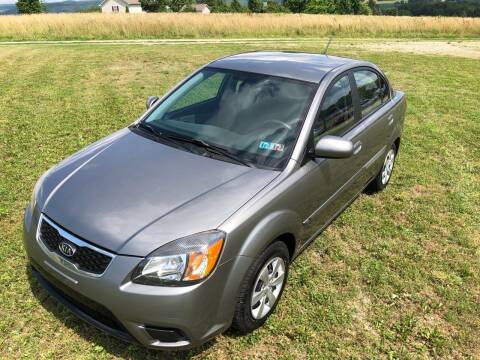2010 Kia Rio for sale at Linda Ann's Cars,Truck's & Vans in Mount Pleasant PA