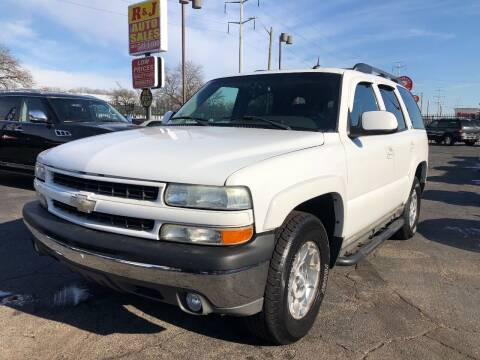 2004 Chevrolet Tahoe for sale at RJ AUTO SALES in Detroit MI