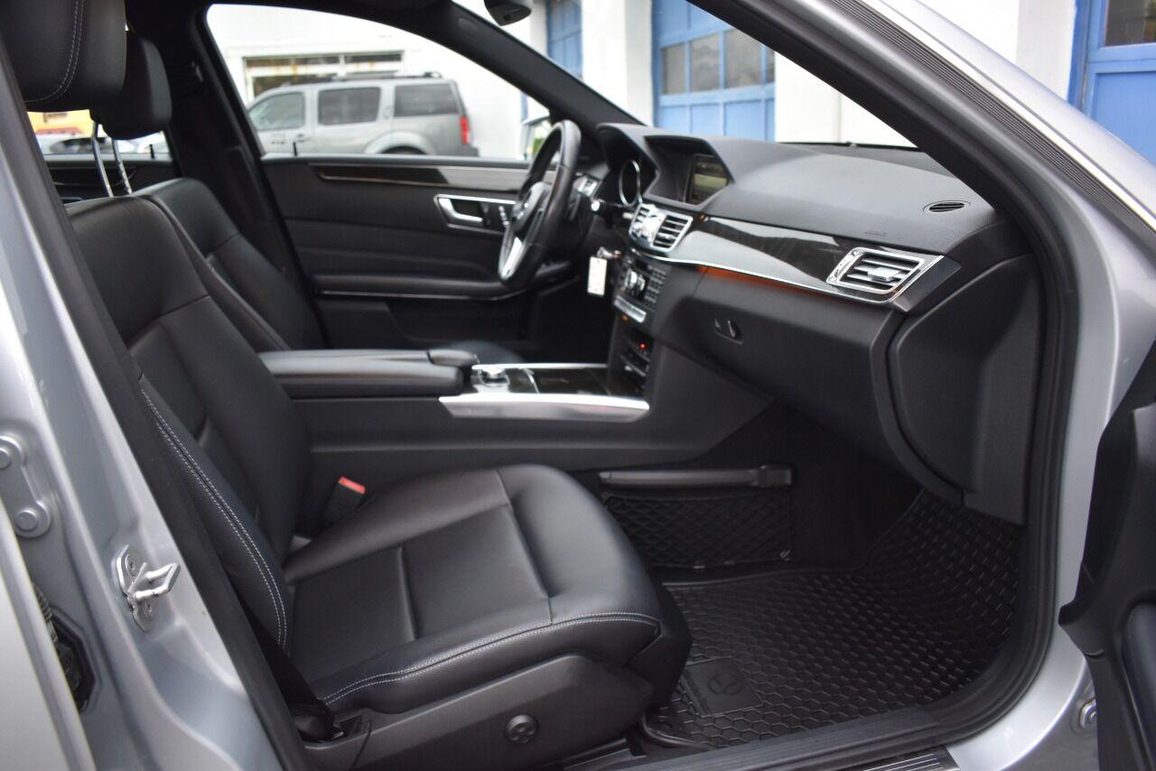 2014 Mercedes-Benz E-Class E 350 Sport 4MATIC AWD 4dr Sedan full