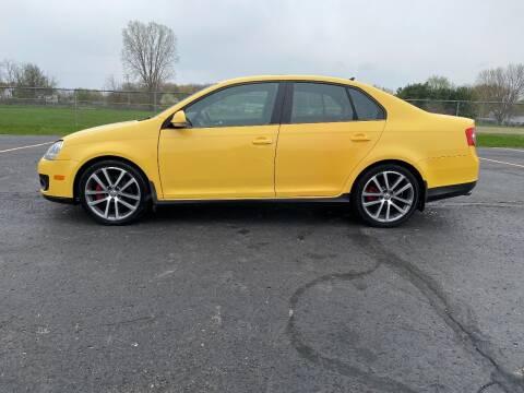2007 Volkswagen Jetta for sale at Caruzin Motors in Flint MI