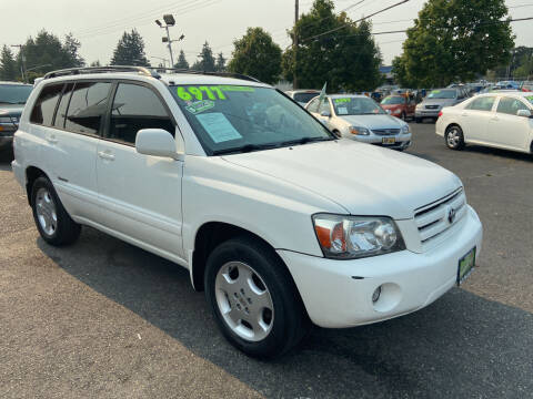 2006 Toyota Highlander for sale at Pacific Point Auto Sales in Lakewood WA
