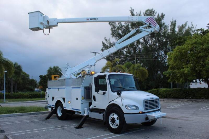 2012 Freightliner M2 106 for sale at Truck and Van Outlet in Miami FL
