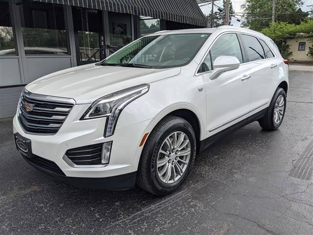 2017 Cadillac XT5 for sale at GAHANNA AUTO SALES in Gahanna OH
