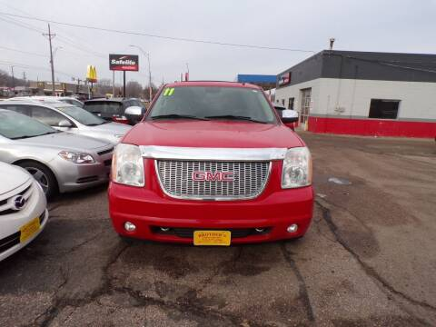 2011 GMC Yukon XL for sale at Brothers Used Cars Inc in Sioux City IA