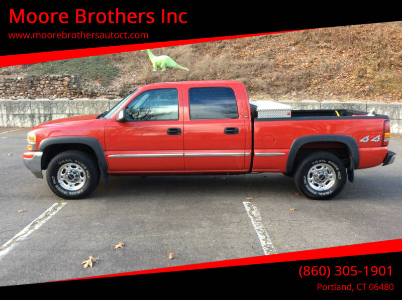 2001 GMC Sierra 1500HD for sale at Moore Brothers Inc in Portland CT