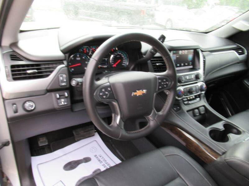 2015 Chevrolet Tahoe for sale at Aztec Motors in Des Moines IA
