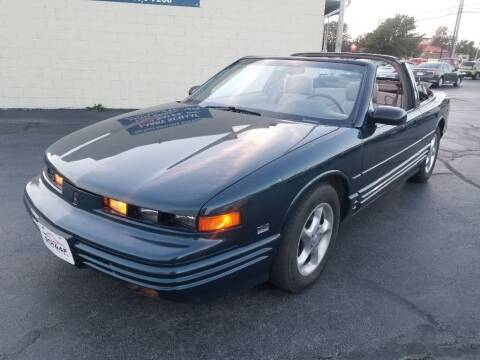 1995 Oldsmobile Cutlass Supreme for sale at Larry Schaaf Auto Sales in Saint Marys OH