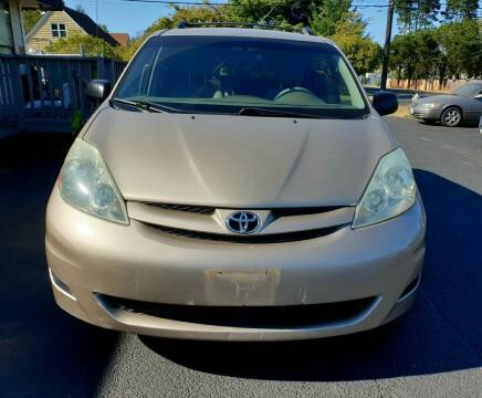 2006 Toyota Sienna for sale at Life Auto Sales in Tacoma WA