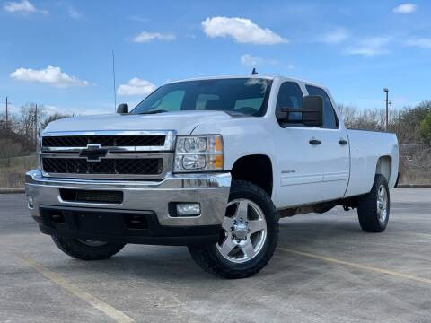 2013 Chevrolet Silverado 2500HD for sale at AUTO DIRECT Bellaire in Houston TX