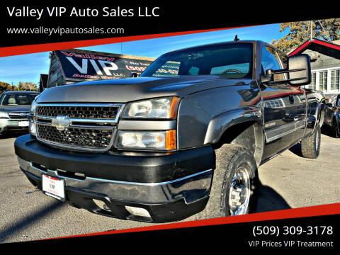 2006 Chevrolet Silverado 2500HD for sale at Valley VIP Auto Sales LLC in Spokane Valley WA