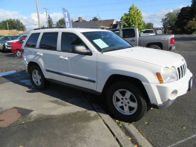 2007 Jeep Grand Cherokee for sale at Car Link Auto Sales LLC in Marysville WA