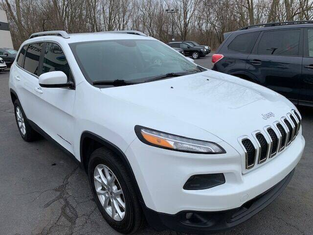 2014 Jeep Cherokee for sale at Lighthouse Auto Sales in Holland MI
