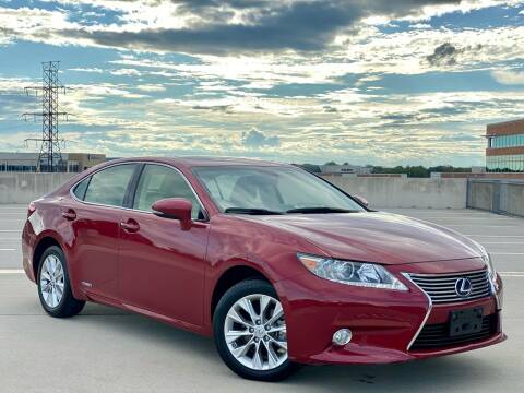 2013 Lexus ES 300h for sale at Car Match in Temple Hills MD
