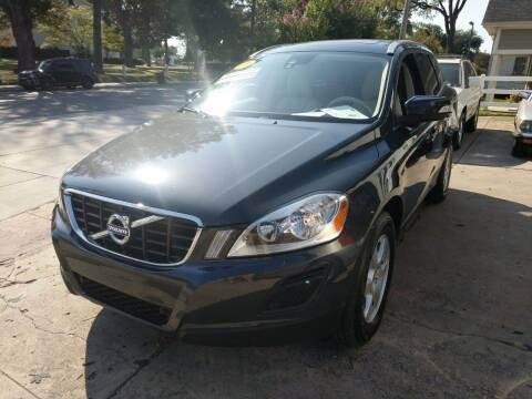 2011 Volvo XC60 for sale at ROBINSON AUTO BROKERS in Dallas NC
