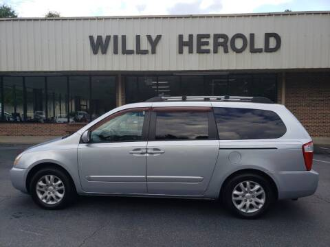 2006 Kia Sedona for sale at Willy Herold Automotive in Columbus GA