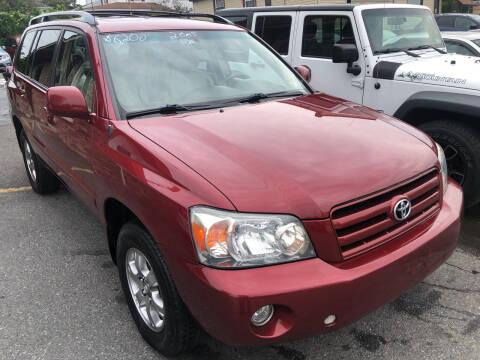 2005 Toyota Highlander for sale at Matt-N-Az Auto Sales in Allentown PA