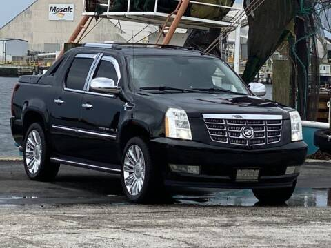 2008 Cadillac Escalade EXT for sale at Pioneers Auto Broker in Tampa FL